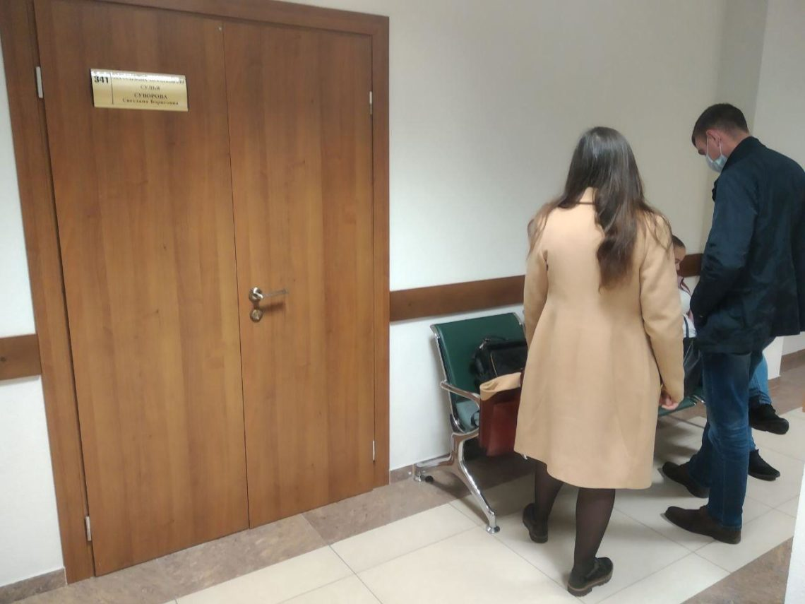 В коридорах суда